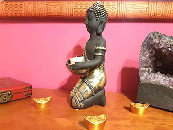 Imagen producto Buda Portavelas 28 cm color oro 3