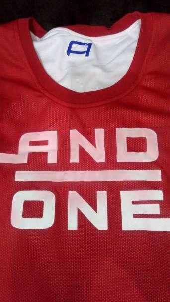 Imagen camiseta baloncesto and one