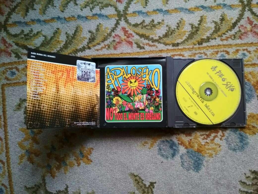 Imagen producto A palo seko discografía básica son 3 cds 3