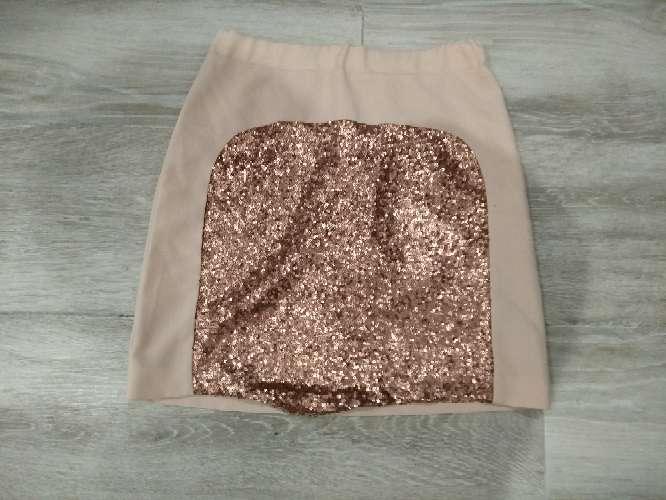 Imagen preciosa falda de lentejuelas