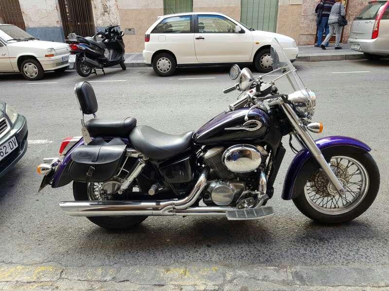 Imagen Honda Shadow VT750