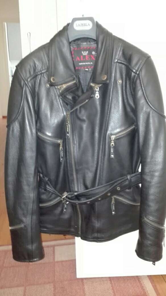 Imagen chaqueta de moto para mujer