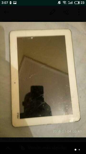 Imagen Tablet Asus K010 pantalla rota