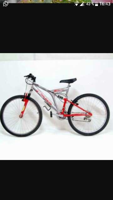 Imagen bicicleta BTT full Racer