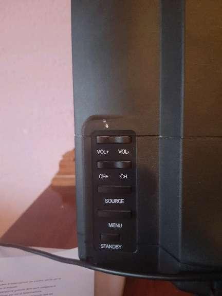 Imagen producto Vendo tele con tnt incluido marca Aki 3