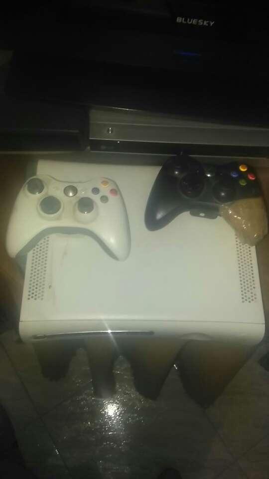 Imagen producto Consola Xbox 360 4