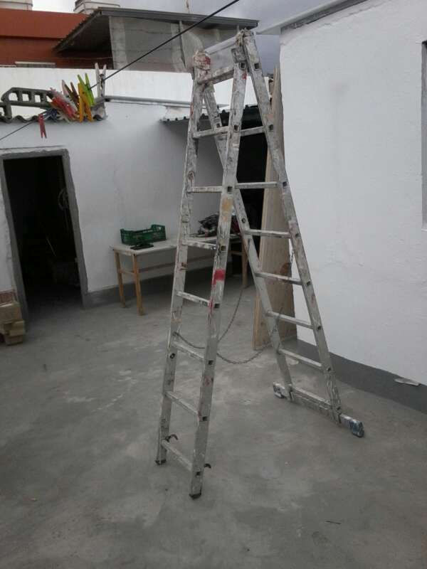 Imagen Escalera de aluminio
