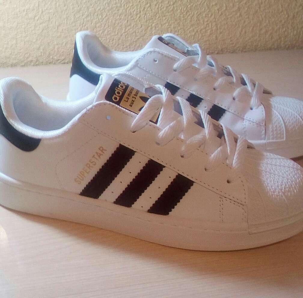 Imagen producto Zapatillas Adidas Superstar 2