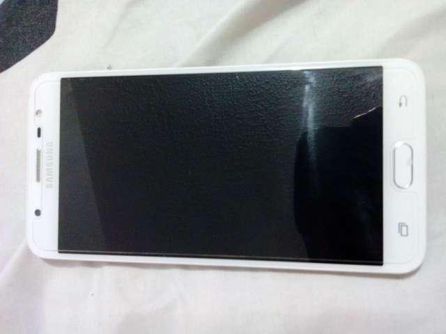 Imagen producto Samsung galaxy j7 prime en venta 2