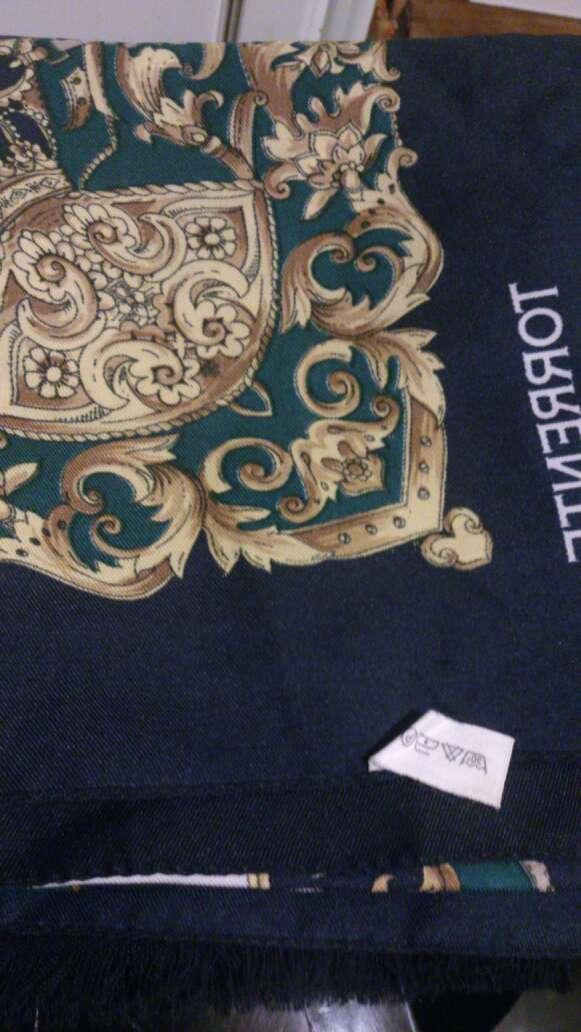 Imagen producto Joli foulard ROCHAS et TORRENTE NEUFS 2