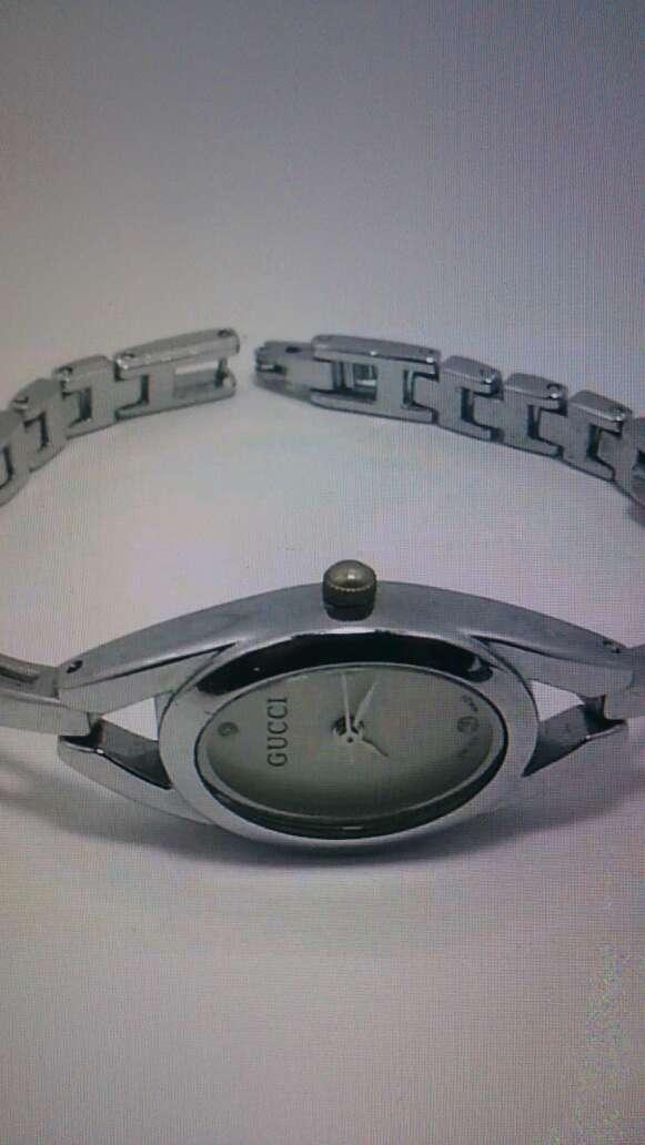 Imagen producto Authentique montre GUCCI  1