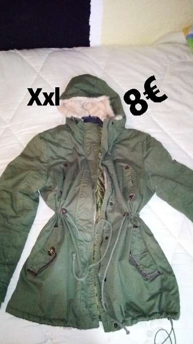 Imagen abrigo verde
