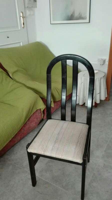 Imagen 4 sillas de cada tipo, 8 en total