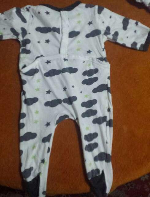 Imagen producto Pijamas bebe 2€ 4