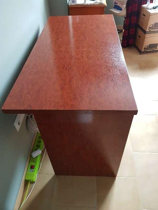 Imagen producto Mesa escritorio estudio madera cerezo 3