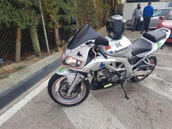 Imagen Suzuki SV 650cc injeccion