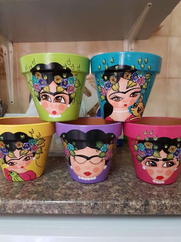 Imagen producto Macetas de frida kahlo pintadas a mano 5