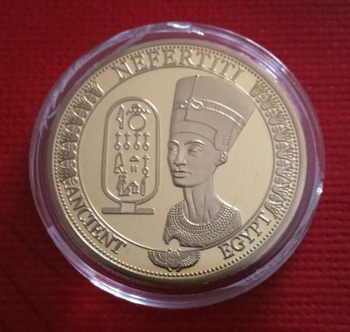 Imagen producto Moneda de Nefertiti  2