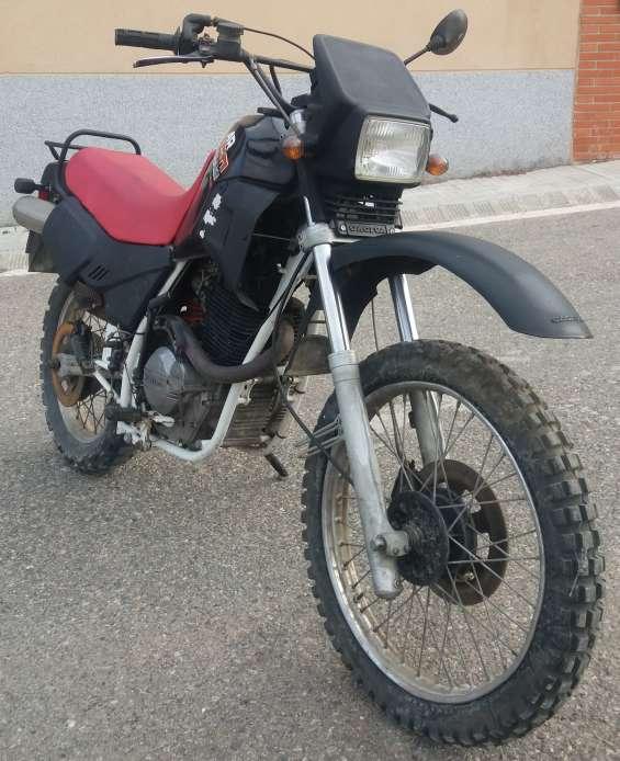 Imagen Cagiva Ala Rosa 350cc
