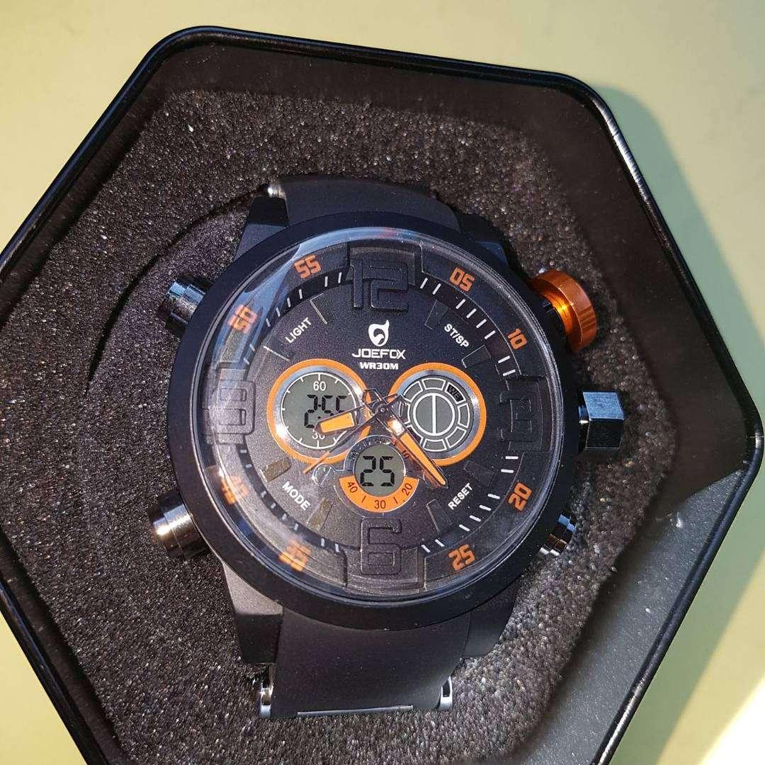 Imagen Liquidación de relojes originales por 25€