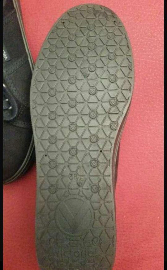 Imagen producto Zapatillas Victoria 2
