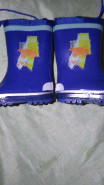 Imagen botas de agua nuevas numero 23