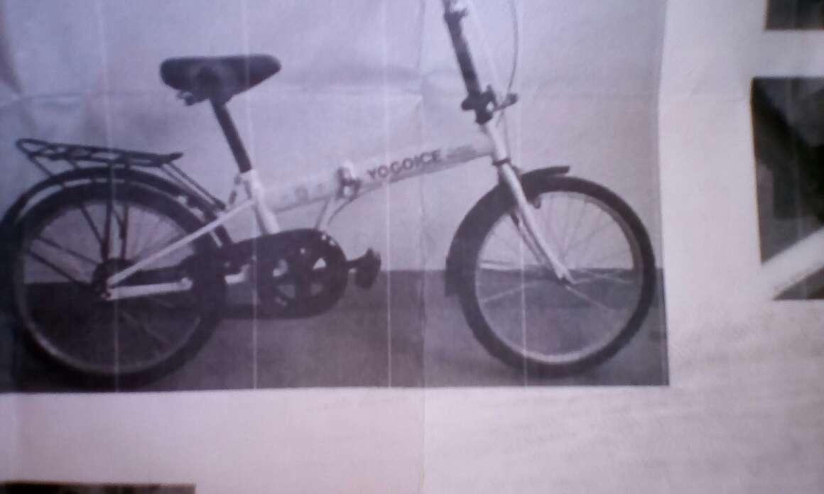 Imagen bicicleta plegable nueva sin estrenar y rojas