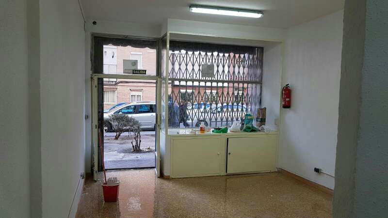 Imagen alquilo local 48 m2 en vicalvaro