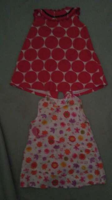 Imagen 2 vestidos de 12 a 18 meses