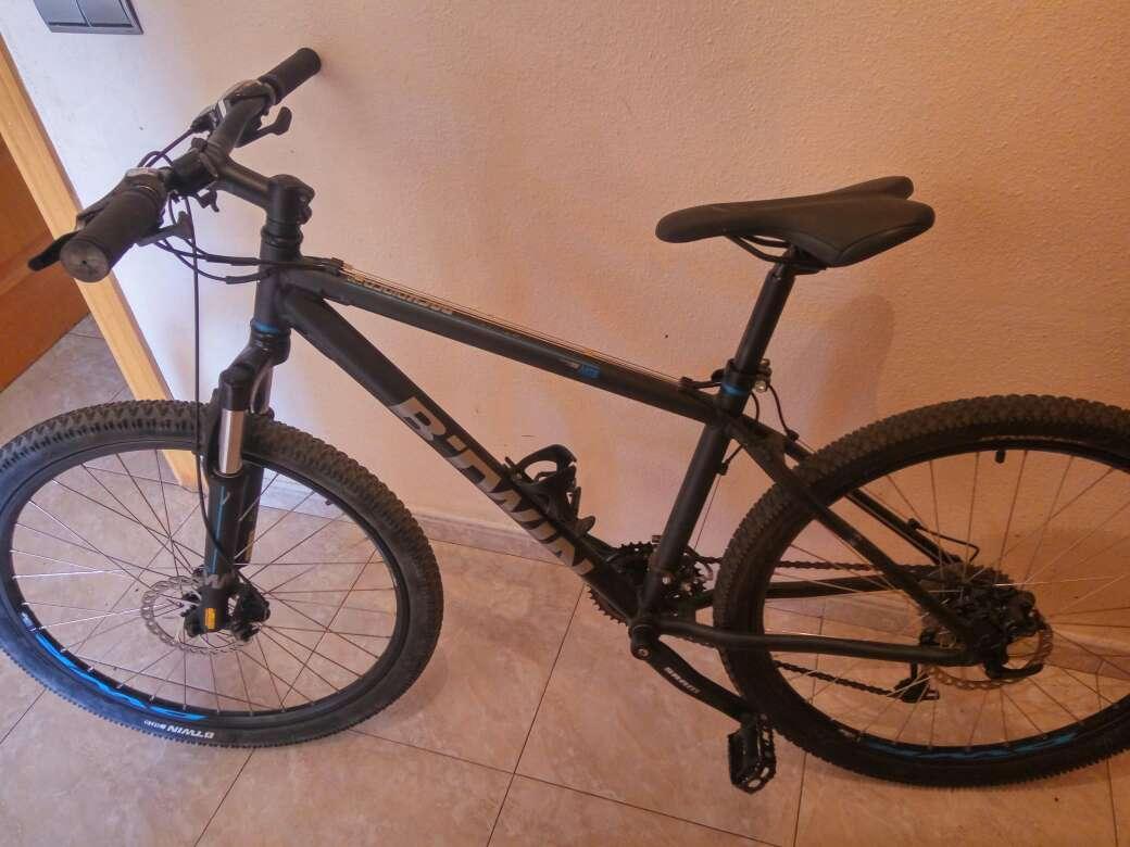 Imagen producto Bicicleta btwin 520 seminueva 1