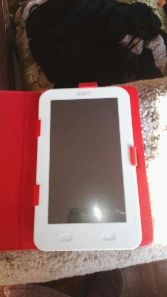 Imagen tablet marca Airis