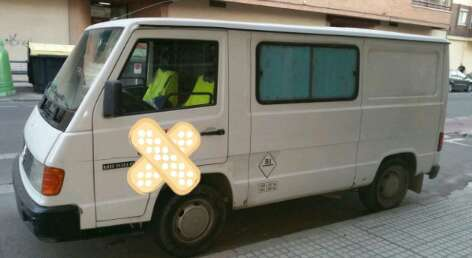 Imagen producto Mercedes MB 100. 4