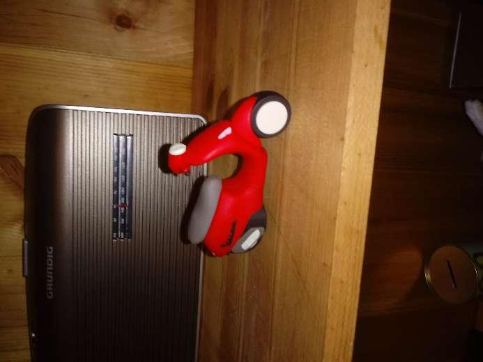 Imagen vespa puerto USB