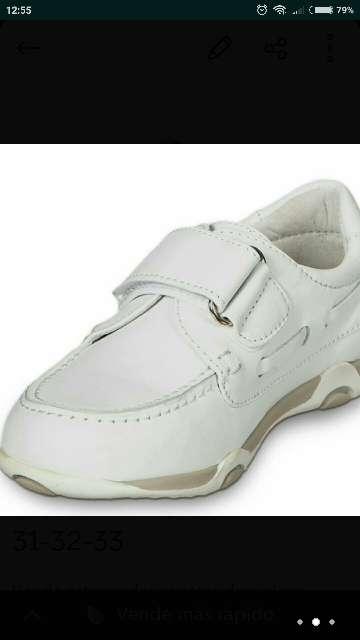 Imagen Zapatos piel blanca t. 31-32 nuevos