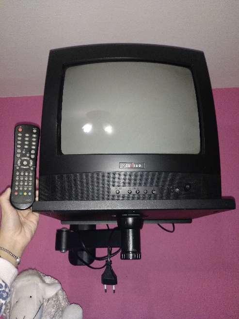 Imagen Se vende televisión