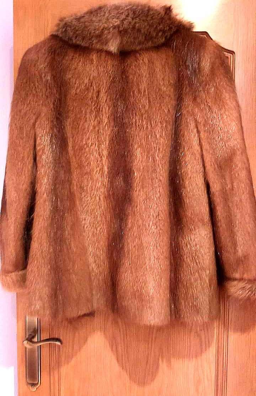Imagen producto Chaquetón de piel de nutria  2