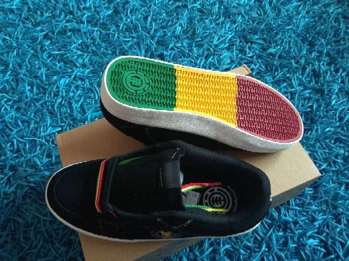 Imagen producto Zapatillas Element piel t. 35,5 nuevas  3