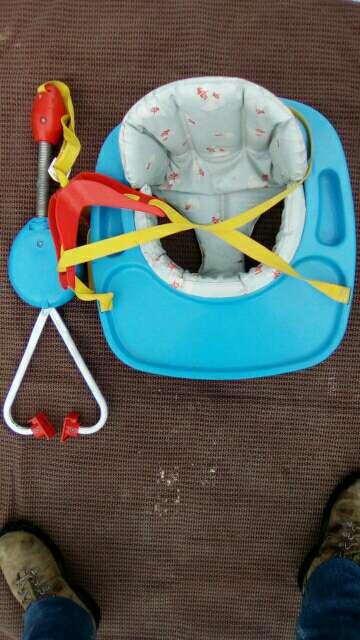 Imagen Columpio infantil con muelle