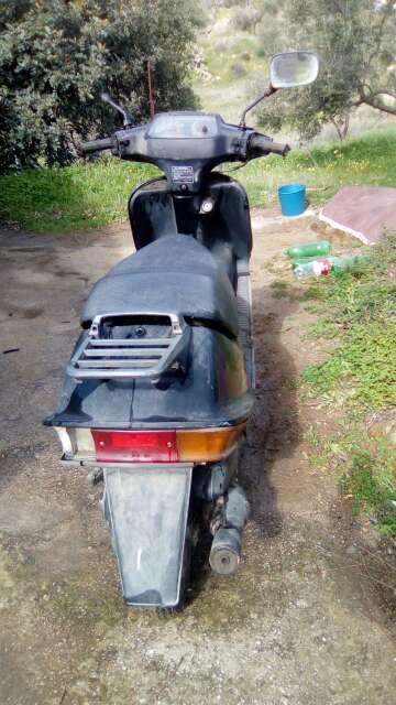 Imagen producto Moto Scootet Suzuki 49cm 3