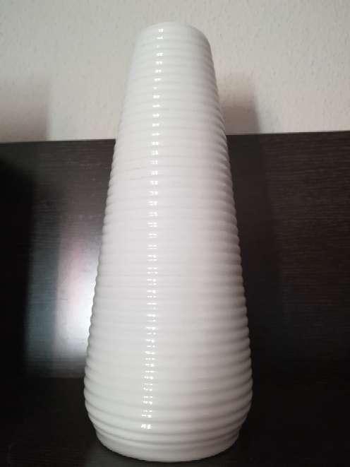 Imagen Jarrón blanco de mesa