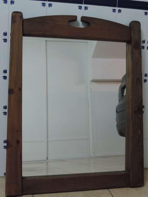 Imagen Espejo rústico de madera maciza