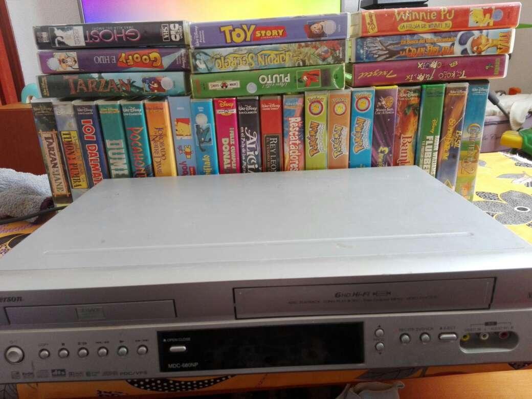 Imagen dvd vhs con grabador sin mando pero se puede usar perfectamente