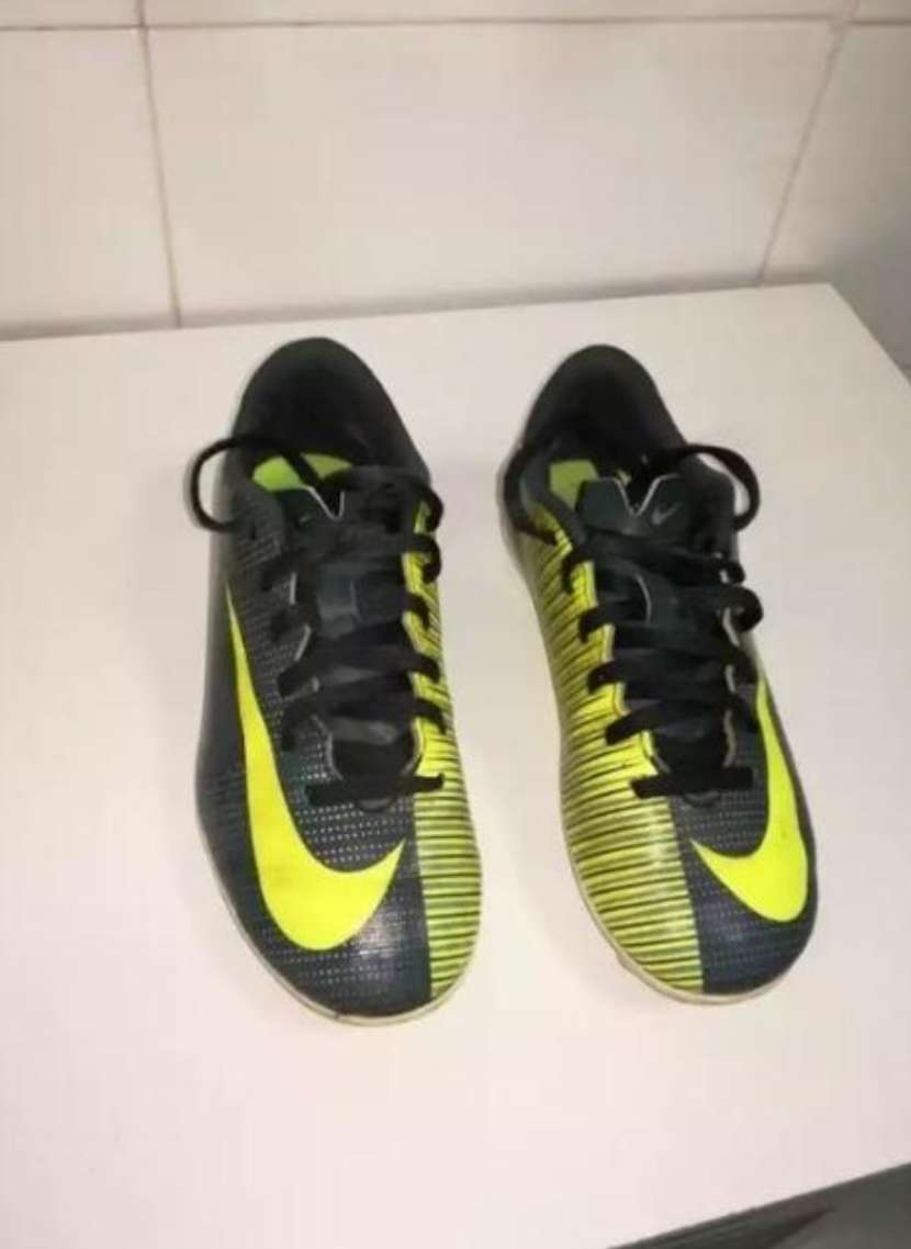 Imagen botas para fútbol