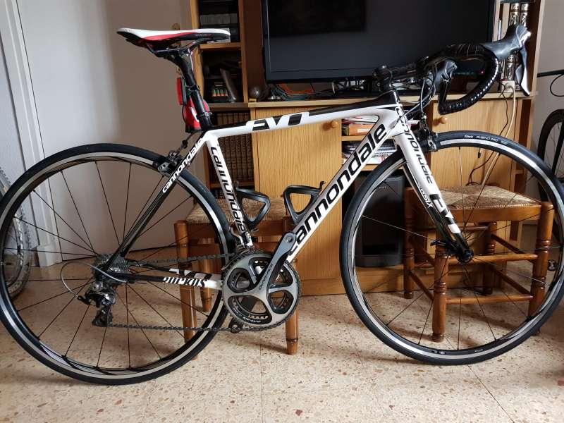Imagen Bicicleta Cannondale Supersix Evo