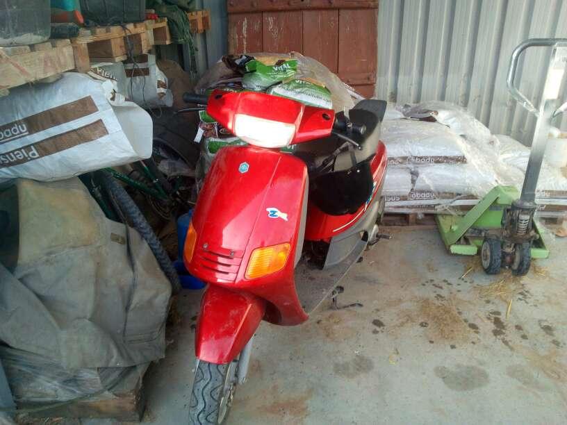 Imagen vendo motoc