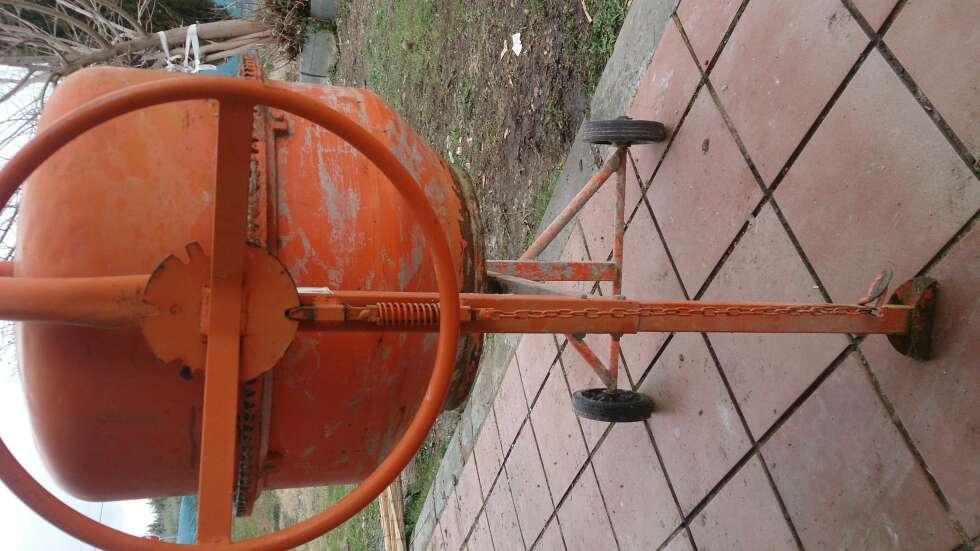 Imagen producto Hormigonera electrica 105l 2