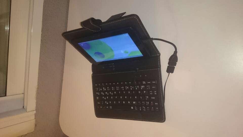 Imagen producto Tablet con funda  3