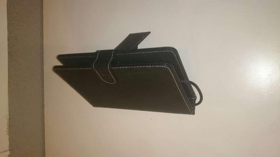 Imagen producto Tablet con funda  4