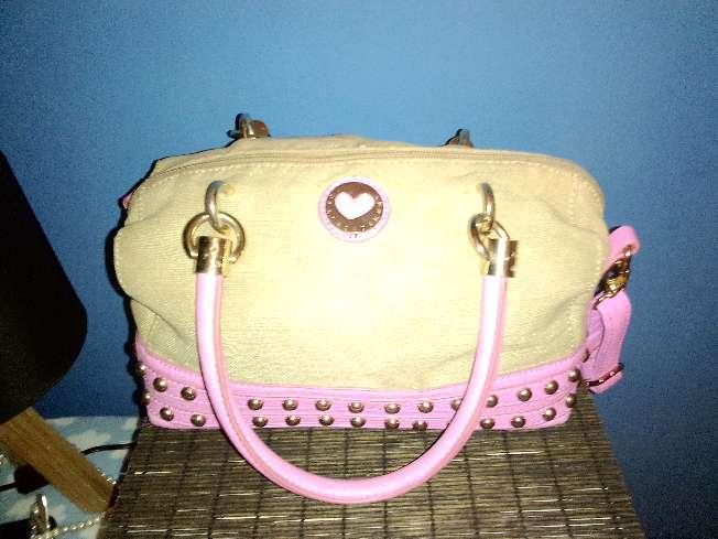 Imagen Bolso de piel rosa