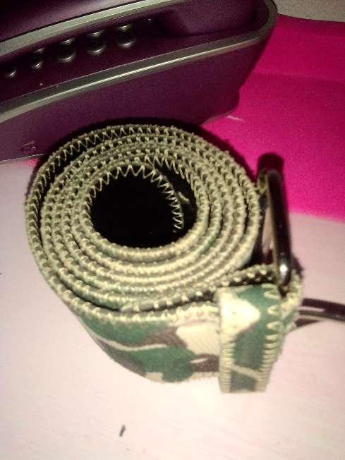Imagen producto Visera y cinturón  2